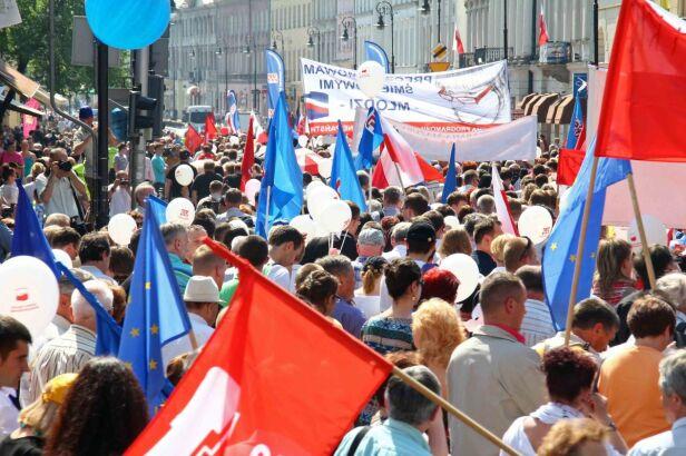 Manifestacje przejdą ulicami stolicy Lech Marcinczak /tvnwarszawa.pl