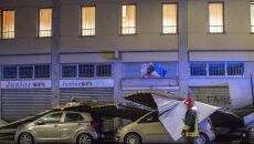 Przez Mediolan przeszła gwałtowna burza (PAP/EPA/Andrea Fasani)