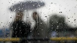 Prognoza pogody na jutro: deszczu spadnie do 3 l/mkw. Opady odbiorą radość z ciepła