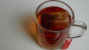 Uważaj na niektóre herbaty w torebkach. Mogą uwalniać mikroplastik